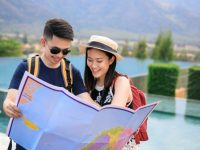 How to Identify and Avoid Tourist Traps at Popular Destinations?
